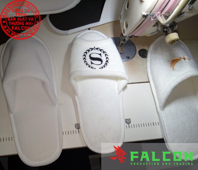 Công ty sản xuất và cung cấp sản phẩm dép đi trong phòng khách sạn, bệnh viện