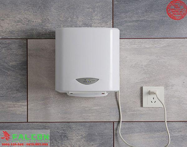mẫu máy sấy tay dùng trong khách sạn, bệnh viện hoặc nhà vệ sinh cao cấp